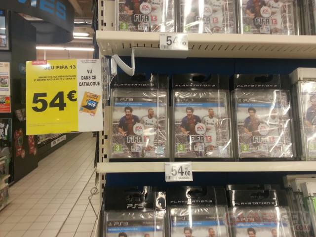 FIFA-13-stand-auchan-image_2
