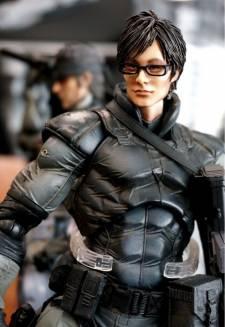 Hideo Kojima figurine ninja cyborg konami square enix  03