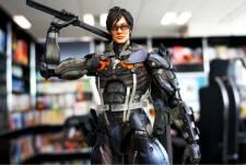 Hideo Kojima figurine ninja cyborg konami square enix  06
