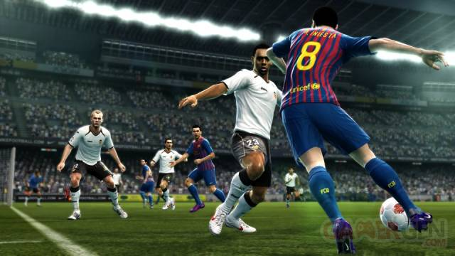 PES-Pro-Evolution-Soccer-2013_screenshot-9