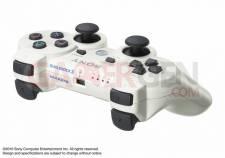 PS3 Slim Blanche Japon Sortie (6)